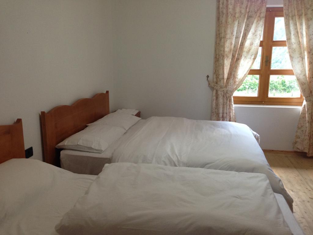Triple Room villa gjecaj theth
