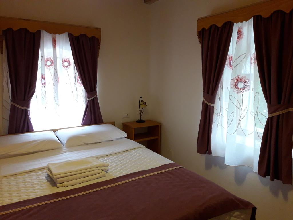 double room at villa gjecaj theth